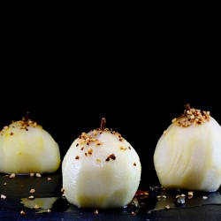 Pears in syrup cardamom